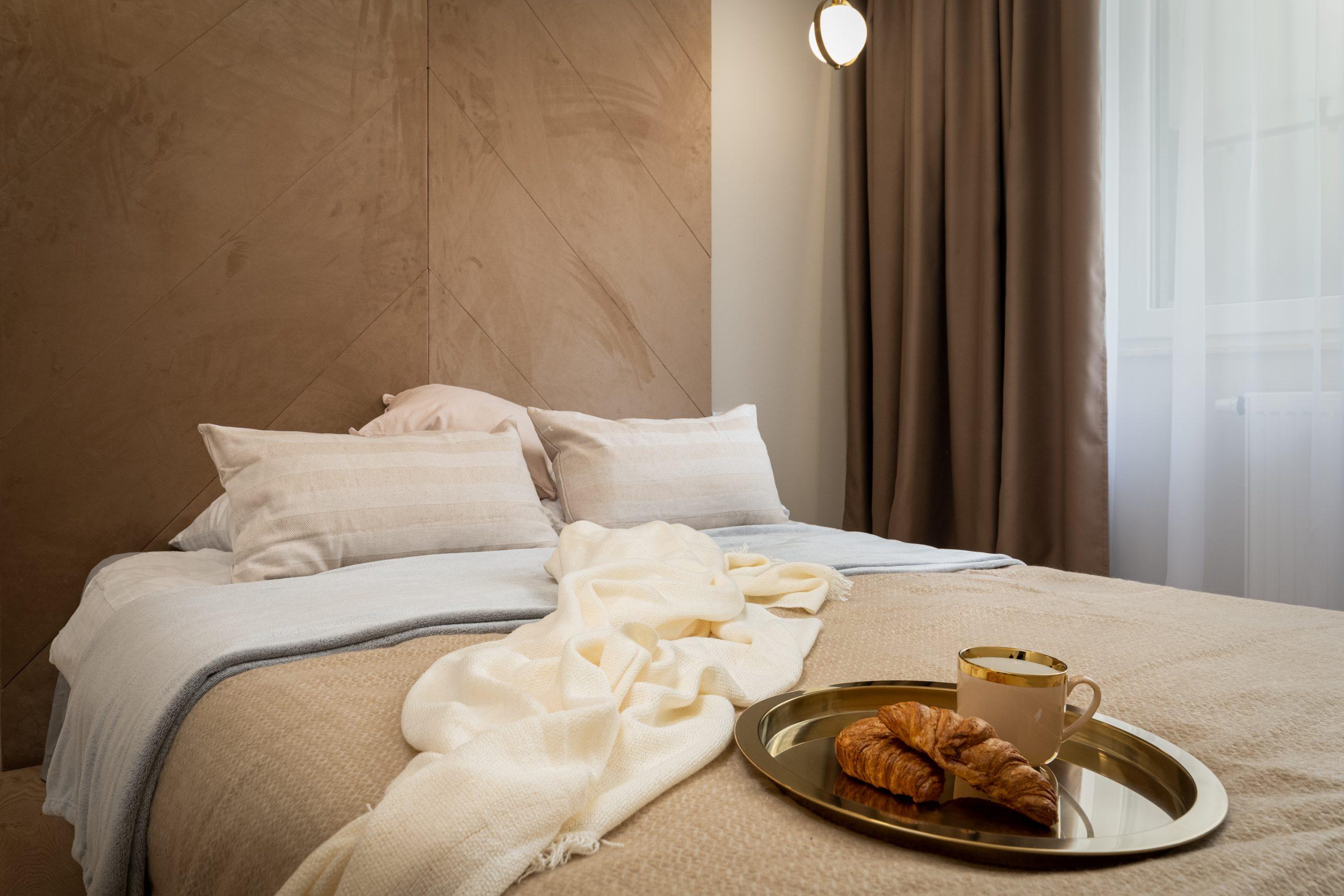 Sypialnia z miękkim zagłówkiem